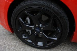 Ford Focus ST alloy wheel and caliper